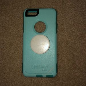 6S Otter Box phone case with pop socket